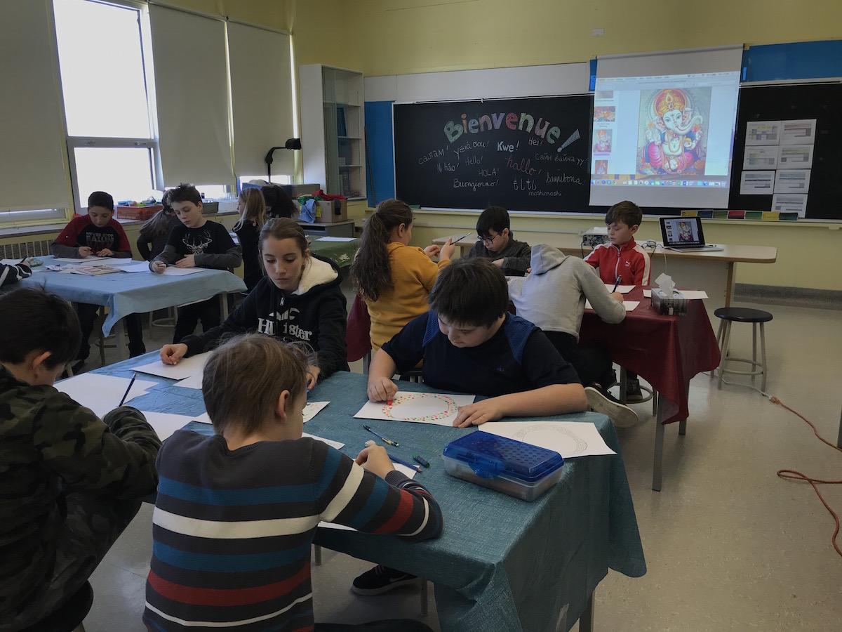 culture éducation artiste à l'école Abitibi-Témiscamingue murale création scolaire